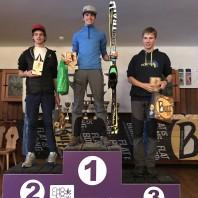 podium juniorow