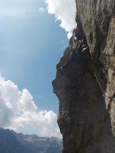 Stachu na wyciągu za 6c+ w Val di mello