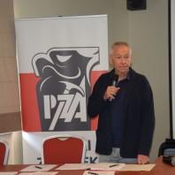 Prezes Piotr Pustelnik
