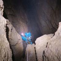 200 m Studnia Amfilada  -jaskinia Środkowa