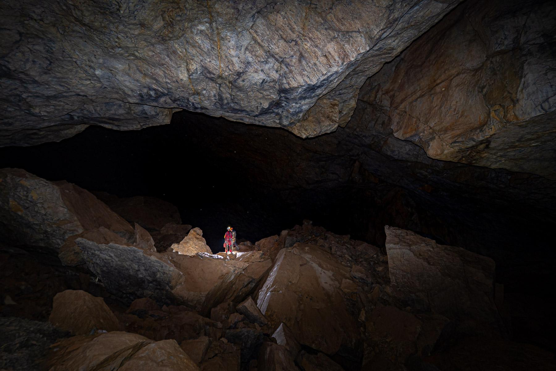 Skalne Miasto, Jaskinia Frizider (System Jaskini Złotej), Prokletije 2021,fot. Adam Łada
